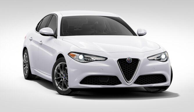 La plus belle voiture de l'année 2016, l' Alfa Romeo GIULIA à ITALCAR