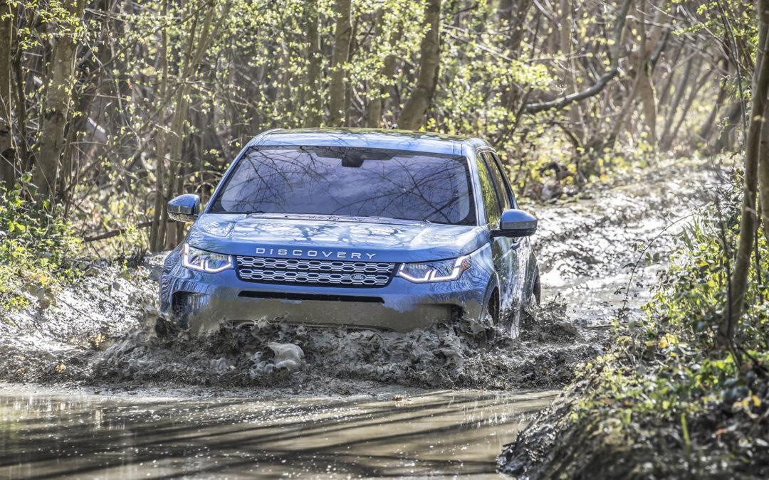 Land Rover Discovery Sport primé lors de la prestigieuse cérémonie «Voiture de l'année au Moyen-Orient»