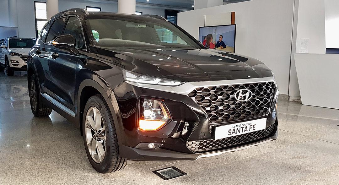 Le Nouveau SUV Hyundai Santa Fe 2.2 L CRDI BVA 8 rapports 4X4 de 7 places est actuellement disponible à Hyundai Tunisie